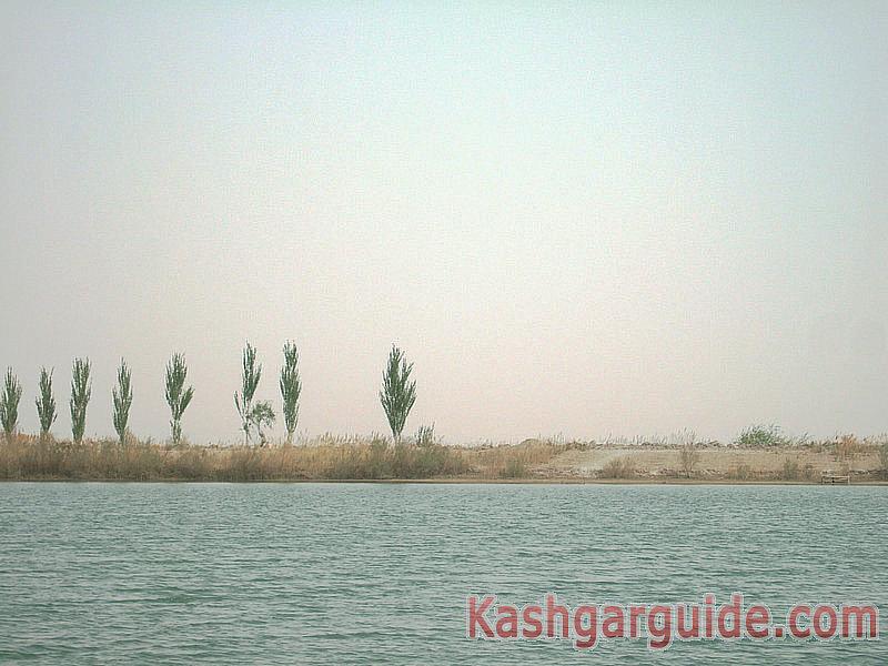 kashgar-dawakul-lake-5