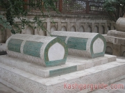 yarkand-golden-grave-yard-5